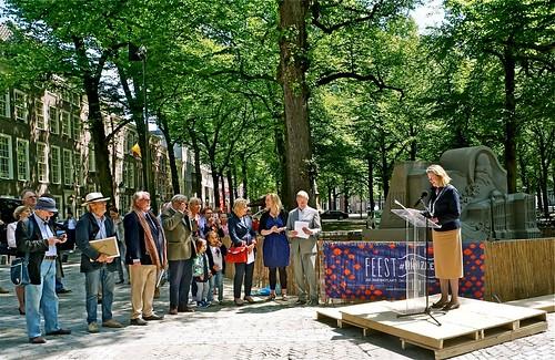 Burgemeester Pauline Krikke en de jury bij opening WK Zandsculpturen