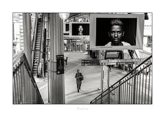 Paris n°206 (Nico Geerlings) Tags: birhakeim metro subway station gare paris france ngimages nicogeerlings nicogeerlingsphotography leicammonochrom 50mm summilux