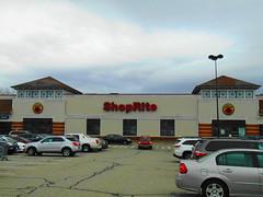 ShopRite (New London, Connecticut) (jjbers) Tags: new london mall connecticut may 6 2018 former shoprite grocery store supermarket