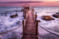 Trabocco Punta Torre (SDB79) Tags: abruzzo punta torre trabocco mare paesaggio onde mareggiata alba