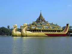 Karaweik Palace Restaurant (D-Stanley) Tags: karaweik palace restaurant kandawgyilake yangon myanmar burma