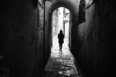 dark corner (gato-gato-gato) Tags: 35mm asph iso400 ilford ls600 leica leicamp leicasummiluxm35mmf14 mp messsucher noritsu noritsuls600 schweiz strasse street streetphotographer streetphotography streettogs suisse summilux svizzera switzerland wetzlar zueri zuerich zurigo analog analogphotography aspherical believeinfilm black classic film filmisnotdead filmphotography flickr gatogatogato gatogatogatoch homedeveloped manual mechanicalperfection rangefinder streetphoto streetpic tobiasgaulkech white wwwgatogatogatoch genova liguria italien it manualfocus manuellerfokus manualmode schwarz weiss bw blanco negro monochrom monochrome blanc noir strase onthestreets mensch person human pedestrian fussgänger fusgänger passant