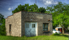 DMT_20180608173958 (Felicia Foto) Tags: building grass sky brick hdr highdynamicrange 3xp handheld architecture shelbyvilletennessee shelbyville middletennessee clouds antenna green urbandecay decay tennessee allrightsreserved denisetschida doors windows shed car summer lateafternoon sunny outdoors geotagged nikon nikond600 d600