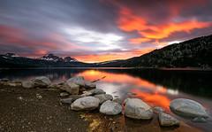 Lac des Bouillouses (ppichard) Tags: bouillouses coucher heure lac montagne pyrénées pyrénéesorientales rouge soleil
