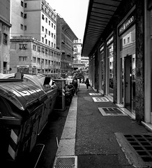 """Walking In The Afternoon"" (giannipaoloziliani) Tags: cars lifestyle people street urbanstreet urbanexplorer streetphotography citylife città nikon nikonphotography nikoncamera sidewalk lightandshadow liguria flickr italy italia downtown capture capturestreets monochrome biancoenero blackandwhite monocromatico city walking genoa genova"
