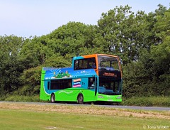 HF09 FVV Go-Ahead Southern Vectis 1402 Scania N230UD with Optare Visionaire body on Brading Down June18 (Copy) (focus- transport) Tags: goahead southern vectis volvo b7tl plaxton president scania omnicity n230ud k114 irizar century optare visionaire solo sr alexander dennis e40d enviro400 mmc