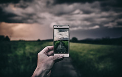 Every picture tell´s a story (Tim RT) Tags: tim rt reutlingen germany 2018 storry storrytelling say it with pictures new phone photography boke storm cloud sky landscape bokeh creative blue grey green yellow color team teamsony sona7 a7iii aloha shotz beautiful love visual inspired hypebeast nature light sunset