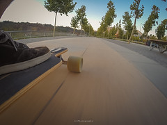 Wasting time for sundown (.KiLTRo.) Tags: vitacura regiónmetropolitana chile cl kiltro skate skating riding cruising street speed motion movement blur park skateboard skateboarding longboard