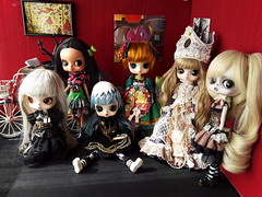 Byul family (Lunalila1) Tags: doll groove byul rhianon tiger lily lunatic humpty dumpty paradis romantic queen nube blanca white cloud kinder babette group collection mordecai zombie moirai steampunk eclipse family tsetse tsevrenika elionora smirnova moscovskaia