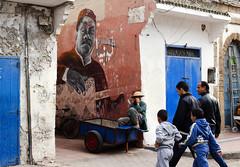 Street Scene, Essaouira Medina, Morocco (klauslang99) Tags: klauslang streetphotography essaouira morocco person men wall painting