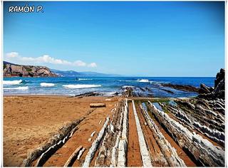 Playa de Itzurum en Zumaia  Guipuzcoa