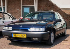 Citroën Xantia 2.0i SX Automatic (Skylark92) Tags: nederland netherlands holland noordholland amsterdam noord north ndsm werf yard youngtimer event 2018 car road tree sky people citroën xantia 20i sx automatic hbnl86 1993