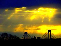 New York Sunset (dimaruss34) Tags: newyork brooklyn dmitriyfomenko image sky clouds sunset sunrays
