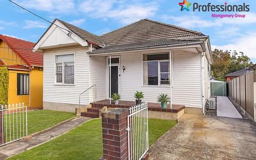 17 Francis St, Carlton NSW 2218