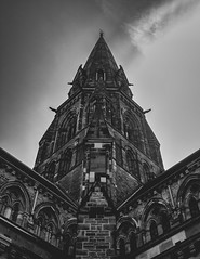 St Mary's (grobigrobsen) Tags: edinburgh scotland schottland unitedkingdom uk blackandwhite monochrome church cathedral travel