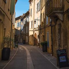 Ruelle en Provence (pascal548) Tags: