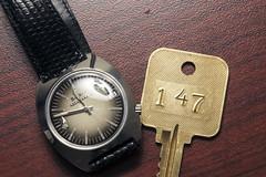 147 (Curtis Gregory Perry) Tags: hotel key watch bulova accuquartz old vintage antique timepiece lodging oregon dalles shilo inn nikon d810