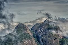 Nuvens e Pedras (mcvmjr1971) Tags: vermelho parque estadual três picos nova friburgo rio de janeiro brasil mmoraes nikond7000