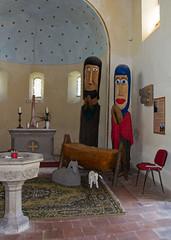 Polenzko - Weihnachtskirche (Helmut44) Tags: deutschland germany sachsenanhalt anhalt zerbst polenzko weihnachtskirche holzfiguren weihnachtsgeschichte taufstein altar kunstwerk workofart skulptur