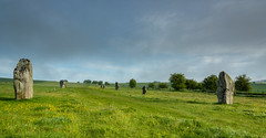 West Kennet Avenue (AppleTV.1488) Tags: avebury henge neolithic prehistoric stonecircle stonehenge stonemonument westkennetavenue worldheritagesite appletv1488 2018 may 12052018 12may2018 12 nikond7100 18250mmf3563 27mmfocallength35mm am noflash landscapeapectratio f22 ¹⁄₁₃secatf22