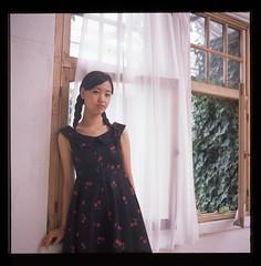 Yuna (seeaurora) Tags: photoclubjewel filmcamera portreit 6x6 mediumformat model フィルムカメラ ローライフレックス プロビア フジフィルム