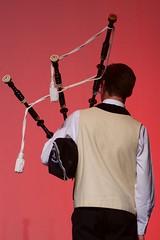Krennarded Pondi - Pontivy (Patrick Doreau) Tags: danseurs bretagne cuture tradition coiffes costumes championnat spectacle danse kendalch culture