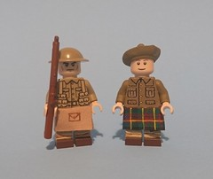 Brothers in arms (KPFR5Q2XZXQW774THJOIGWTBCI) Tags: lego ww1 soldier scottish kilt highlanders tommy jock smle trench rifle greatwar khaki