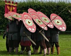 Wroxeter Roman City (jacquemart) Tags: wroxeterromancity romanlegion reenactment history shropshire national englishheritage armour spear shield