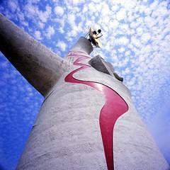 20040909_IMG_0005-trm-mod (NAMARA EXPRESS) Tags: landscape tower monument taiyonotou expomemorialpark expopark expo park travel sky cloud blue fine outdoor color suita osaka japan film fujifilm velvia 100f hasselblad 903swc biogon 38mm f45 canon canoscan 9000f scanner scan namaraexp