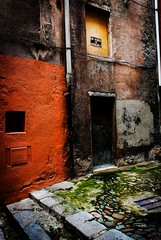 En Venda (rossendgricasas) Tags: girona barrivell catalonia antique streetphotography streetart urbanexplorer urbanexploration photography photoshop photographer photoday photos lightroom nikon hdr
