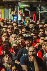 _MG_0471 (sergiopenalvagonzalez) Tags: rcdmallorca futbol football ball people ambiente palma palmademallorca aficion pasion rojo negro ib3 diariodemallorca sergiopenalvagonzalez sergiopenalvag gente emocion nervios ascenso alegria