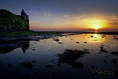 Greenan Castle At Sunset (matthewblackwood10) Tags: greenan castle at sunset sun set dusk a6000 sony pool seaweed beach sand ocean sea orange cliff ruin reflection water horizon scotland uk ayrshire alloway