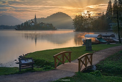 Lake Bled (Antoni Figueras) Tags: slovenia europe sunrise lake bled church sunrays morning bridge boats reflections landscape sonya7rii sony2470f4 longexposure