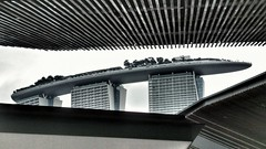 A ship in the sky ~ Marina Bay Sands (tomquah) Tags: mbs marinabaysands marinabay gardensbythebay tomquah architecturaldesign buildings singapore