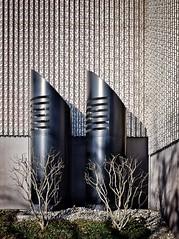Formen und Strukturen (Beutler Daniel) Tags: rohre fassade formen linien strukturen imdoppelpack paarweise architektur switzerland svizzera suisse schweiz