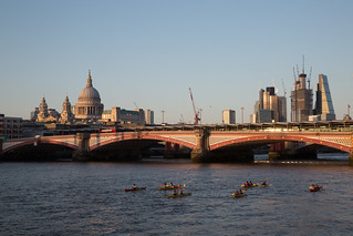 Kayak tours on the Thames.