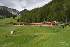 2018 | RhB Gliederzug te Bergün (Arno Verhagen) Tags: gliederzug alvra allegra rhb rhätischebahn abe812 bergün albulabahn