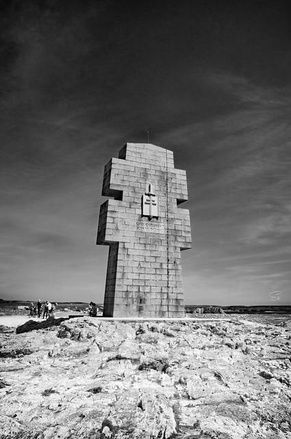 la croix de Pen Hir large image
