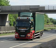 S M Davies OU15 ZTL at Welshpool (Joshhowells27) Tags: lorry truck man smdavies curtainsider welshpool