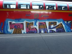 TBAs (mkorsakov) Tags: hamm hbf bahnhof mainstation graffiti piece bunt colored train zug re6 regionalexpress doppeldecker tba tbas
