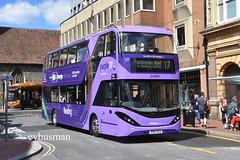 Reading Buses 721, YP67XCS. (EYBusman) Tags: cog gas bus reading transport buses town centre royal berkshire municipal coach alexander dennis enviro 400 mmc city scania purple line yp67xcs eybusman n280ud