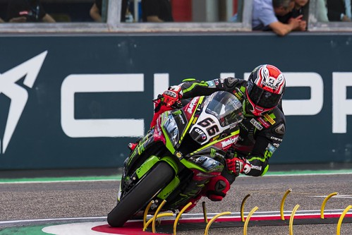 "WSBK Imola 2018 • <a style=""font-size:0.8em;"" href=""http://www.flickr.com/photos/144994865@N06/41645114234/"" target=""_blank"">View on Flickr</a>"
