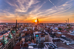 Sunset in the city (Vagelis Pikoulas) Tags: city canon clouds cloudy urban cityscape landscape tokina view wroclaw poland europe sunset sun sunburst building buildings travel 1628mm holidays may 2018 spring