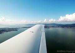 Florianópolis (Antônio A. Huergo de Carvalho) Tags: aviation aircraft airplane aviação avião aviaçãogeral cirrus cirrussr22 sr22 flight voo