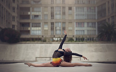 (dimitryroulland) Tags: nikon d600 85mm 18 dimitryroulland montpellier urban street city gymnast gym gymnastics rhythmic natural light split flexible people flexibility performer art artist pointe soft leather slippers ballet balet