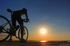 Enjoying the View: North Sea (2018/III) (wasserberg) Tags: north sea cycling road bike sunset