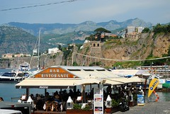 Restaurant by the harbour (zawtowers) Tags: sorrento campania italy italia bayofnaples seaside town resort sorrentine peninsula wednesday 30 may 2018 warm dry sunny blue skies sunshine hot holiday vacation break summer restaurant harbour bar view
