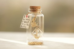I love U so much,it won't fit in this bottle,Tiny message in a bottle,Miniatures,Personalise,Valentine Card,Gift for her/him,Girlfriend gift, birthday card, holiday card and miniatures card ideas (charles fukuyama) Tags: bottle glitter handmadecard greeting card seasonalcard greetingcard funnycard homedecor deskdecor unique paper gold partygift lovecard messagecard kikuike tiny