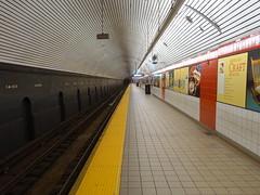 201805090 New York City subway station '5th Avenue–53rd Street' (taigatrommelchen) Tags: 20180520 usa ny newyork newyorkcity nyc manhattan midtown central perspective icon urban railway railroad mass transit subway tunnel station