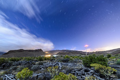 Paisaje de contrastes (libretacanaria) Tags: noche nocturna night polar polaris canarias barrancos stars